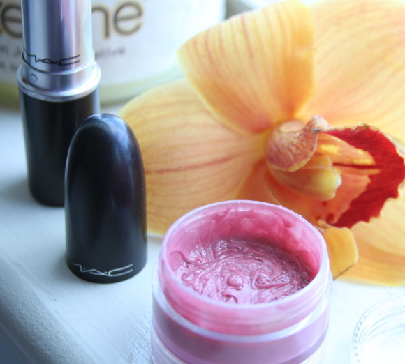 make your own tinted lip balm
