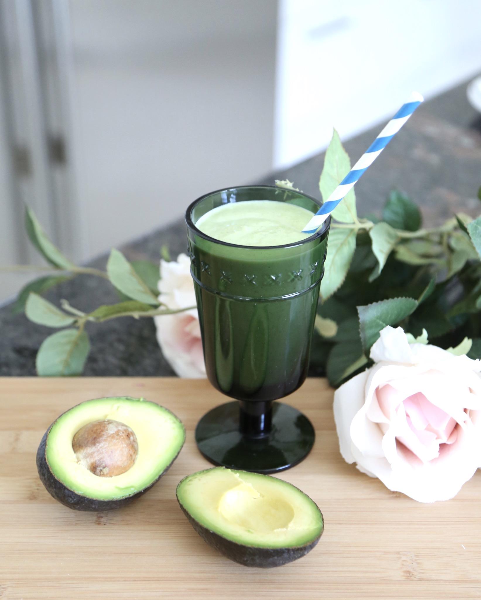 easiest avocado smoothie recipe